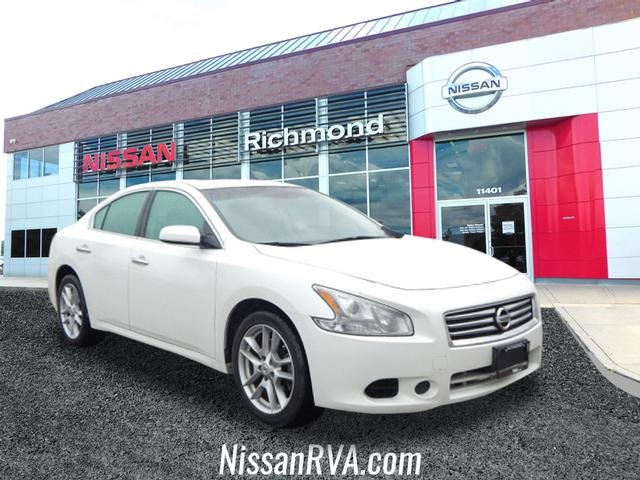 Pre-Owned 2014 Nissan Maxima