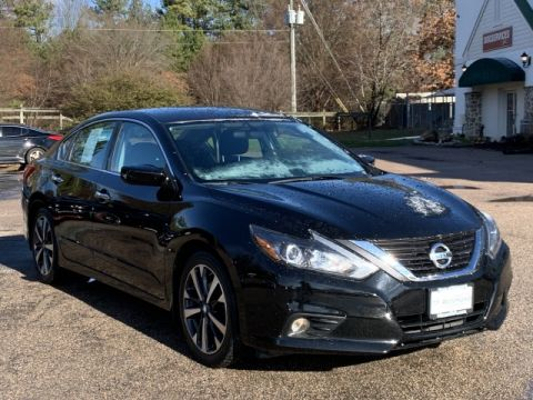Pre-Owned 2016 Nissan Altima